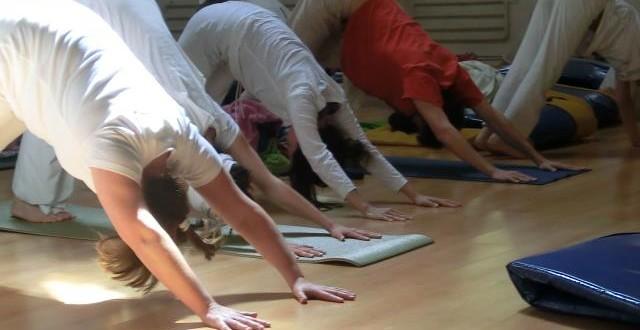 03 de Junio – Sadhana Kundalini Yoga